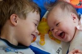 هكذا يضحك الرضع والأطفال ..دراسة جديدة تكشف عن مفاجأة كبيرة