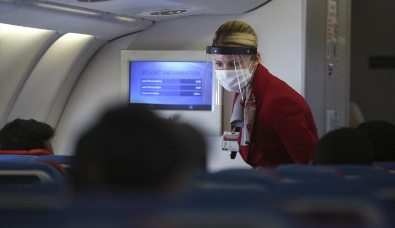 تركيا تعيد السياحة وتستأنف الرحلات الجوية
