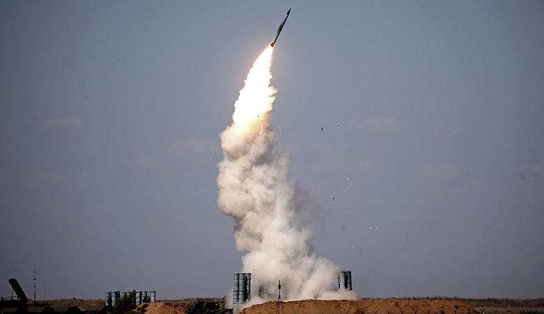 """بعد تشغيل """"إس 300"""" السورية... خبير إسرائيلي يحذر من كارثة"""