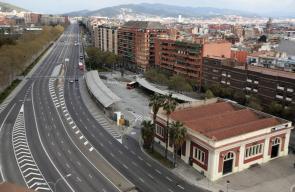 مدن اسبانيا فارغة تماماً بعد تفشي وباء فايروس كورونا