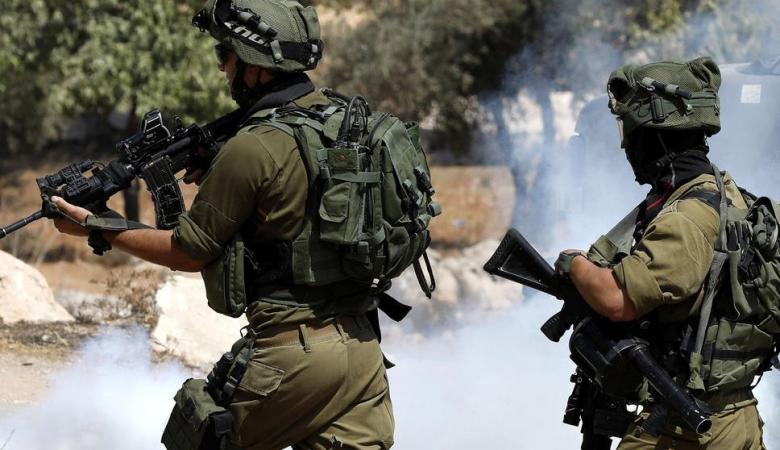 الاحتلال يقمع مشاركين بصلاة الجمعة فوق أراض مهددة بالاستيلاء عليها شمال نابلس
