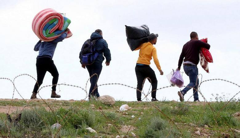 كورونا يحول نصف مليون فلسطيني الى البطالة