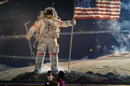 لاول مرة منذ 45 عاماً ...اميركا ترسل  أول رحلة مأهولة حول القمر