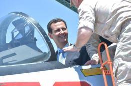 بالصور.. الأسد لأول مرة يزور القاعدة الروسية ويتفقد معدات الحرب بنفسه