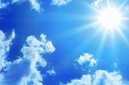 الطقس: الأجواء حارة نسبيا