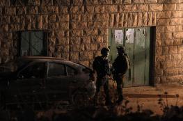 قوات الاحتلال تعتقل 7 مو اطنين من الضفة الغربية
