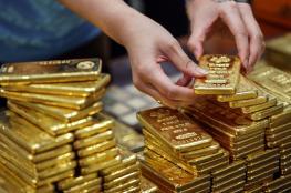 ارتفاع على اسعار الذهب بفعل هبوط الدولار الامريكي