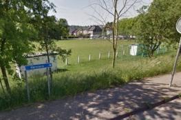 مسن في بلجيكا يفجر نفسه بملعب كرة قدم