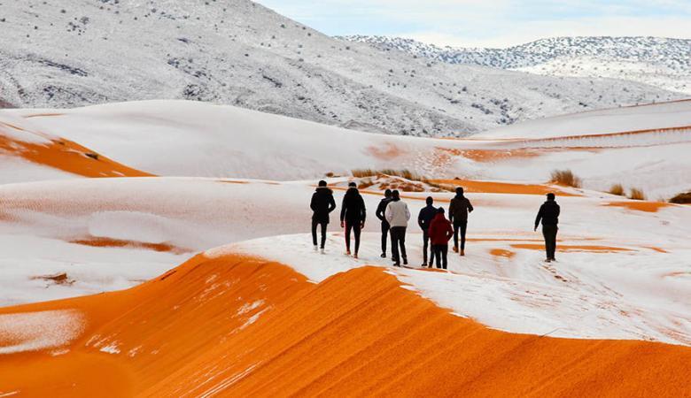 سابقة في تاريخ الجزائر ....الثلوج تكسو الصحراء لاول مرة منذ العام 1979