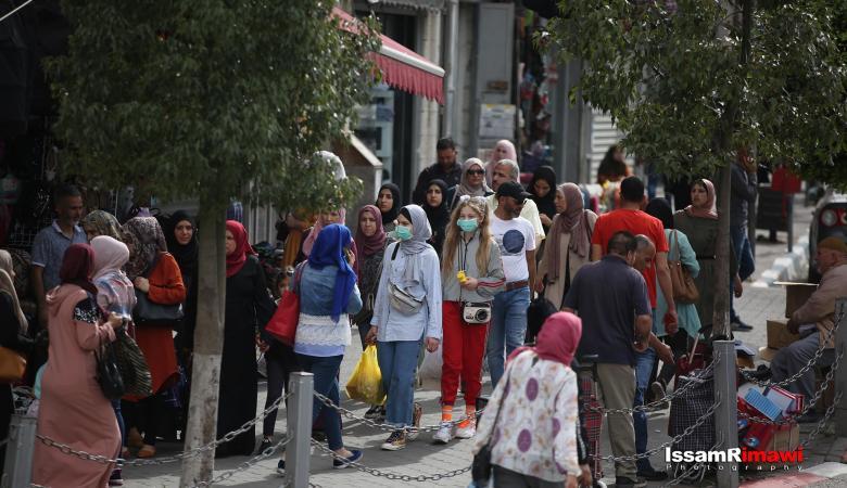 الحياة التجارية تعود الى اسواق المدن الفلسطينية
