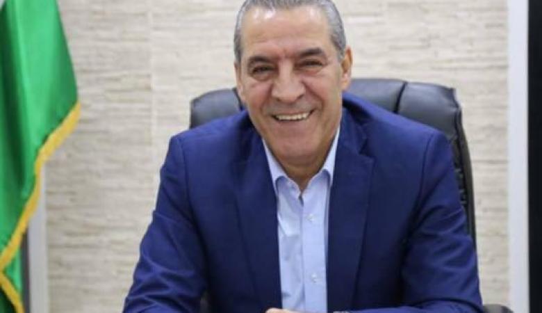 حسين الشيخ يطالب بحكومة جديدة مكونة من فصائل منظمة التحرير