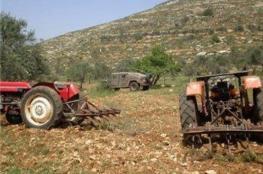 الاحتلال يسرق جرارات زراعية لمواطنين شرق طوباس