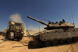جرافات ودبابات الاحتلال تتوغل جنوب قطاع غزة وسط اطلاق نار وتجريف