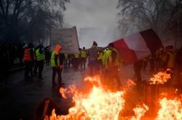 المتظاهرون  بفرنسا لا يكتفون بنصرهم ويطالبون بالمزيد