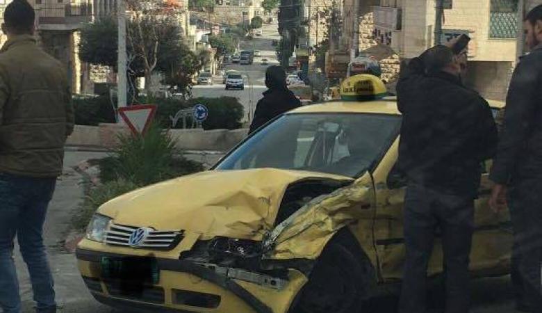 إصابة عدد من المواطنين بعد أن دهستهم شاحنة في بيت جالا