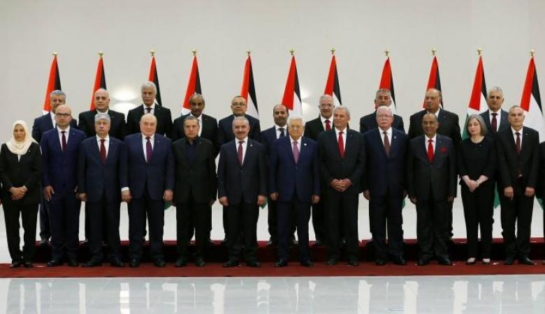 وثائق تكشف مطالبة وزراء الحكومة بزيادة رواتبهم ومجلس الوزراء يوضح