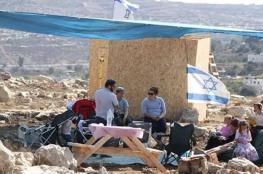 مستوطنون ينصبون خياما شرق بيت لحم