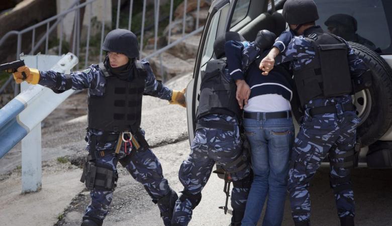 نيابة رام الله تمدد اعتقال متهم بتسريب أراضٍ للعدو