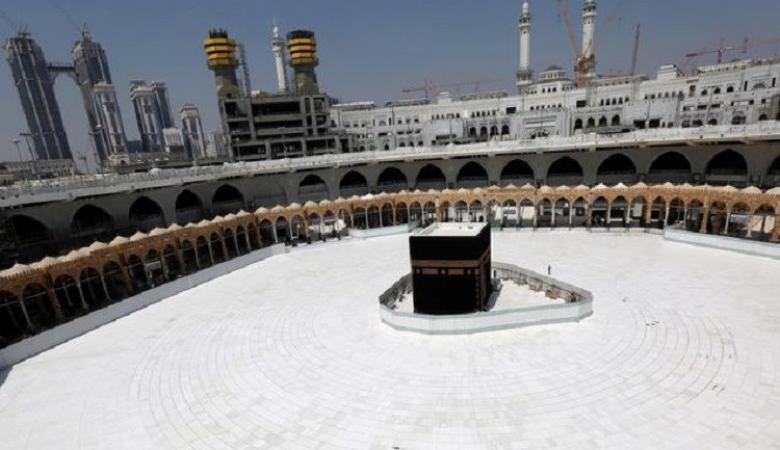 أول دولة إسلامية تُعلن إلغاء موسم الحج لهذا العام