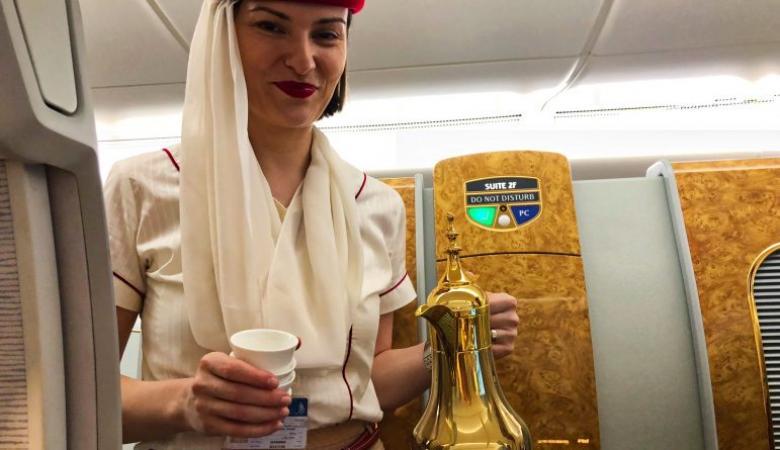 لهذا السبب لا يشرب طاقم الطائرة الشاي او القهوة