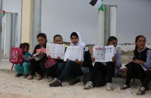 قوات الاحتلال تهدم مدرسة في جنوب الخليل