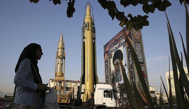 ايران ستنتج قنبلة نووية خلال عام