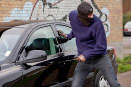 اعتقال شخص من مخيم طولكرم قام بسرقة سيارات في جنين