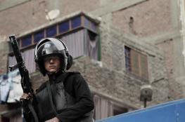 مصر تفرج عن 6 فلسطينيين معتقلين في سجونها