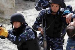 الشرطة تقبض على صحفي أثار الخوف بين المواطنين بالخليل