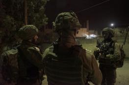 قوات الاحتلال تشن حملة مداهمات واعتقالات بالضفة