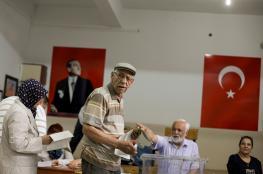 مرشح يساري ينسحب من انتخابات اسطنبول لصالح المعارضة التركية