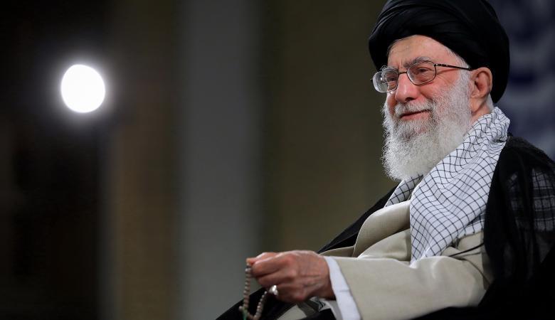 """خامنئي يدعو لـ""""إزالة إسرائيل"""".. وتل ابيب : """"عشم ابليس في الجنة""""!"""
