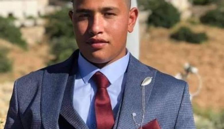 وفاة فتى إثر سقوطه من علو في بيت كاحل