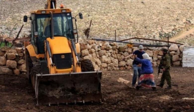 الاحتلال يستولي على جرار زراعي وصهريج مياه غرب نابلس