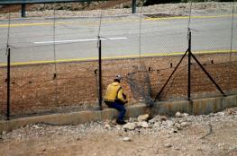 الاحتلال يعتقل عاملين خلال محاولتهم الدخول الى الاراضي المحتلة