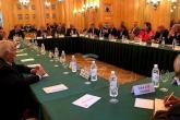 20 فصيلاً فلسطينياً يجتمعون بالسفارة الفلسطينية بلبنان