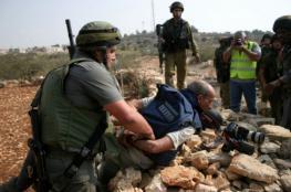 الاحتلال يعتقل مصورا ومواطنا خلال تفكيك مساكن شمال أريحا
