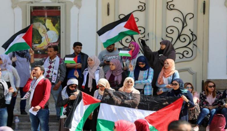 شاهد ..جميع مدراس تونس تتضامن مع فلسطين لمدة 20 دقيقة