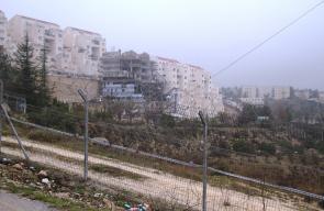 بناء وحدات استيطانية جديدة في منطقة البقعة شرق مدينة الخليل