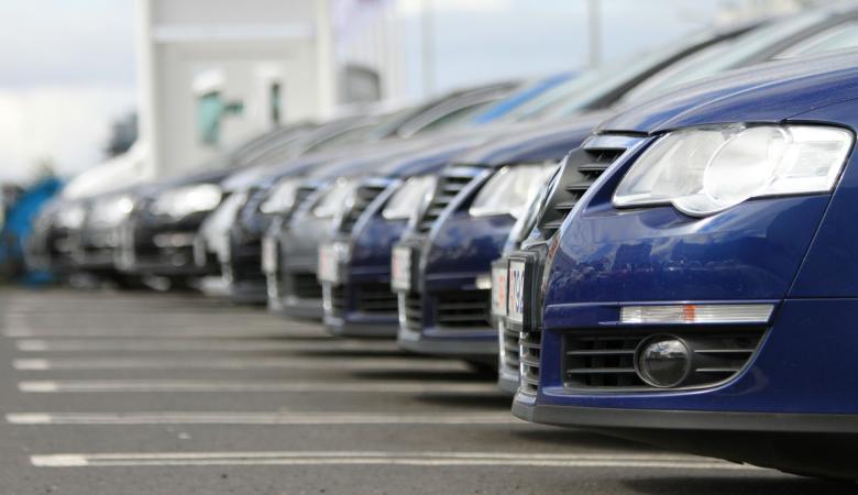 احصائية تكشف أعداد السيارات المسجلة في فلسطين