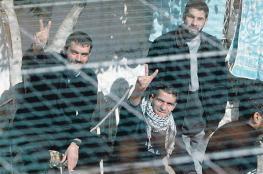 بالاسماء ...الاحتلال يجدد الاعتقال الاداري بحق 17 أسيراً