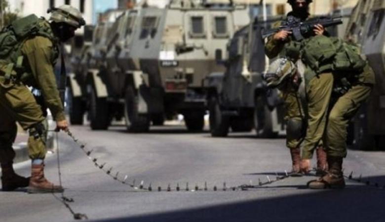 الاحتلال يغلق مداخل بلدات وقرى جنوب الخليل
