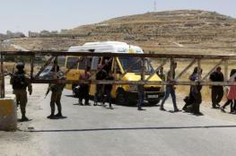 رام الله: الاحتلال يغلق مداخل قرية دير نظام بالسواتر الترابية ويتوعد قاطنيها