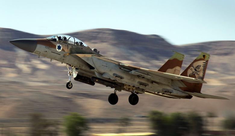 """صحيفة """"يديعوت أحرنوت"""": إسرائيل قصفت أهدافا لحزب الله يوم أمس"""