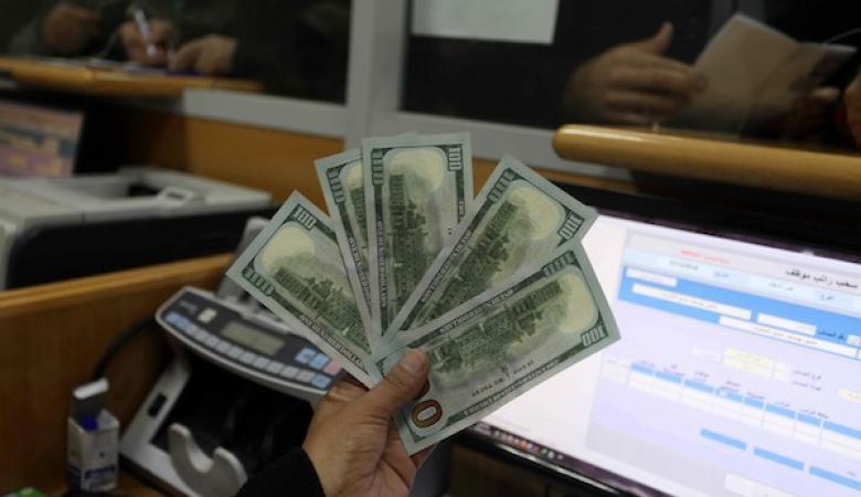 مصادر: توزيع مساعدة 100 دولار للأسر الفقيرة بغزة خلال أيام