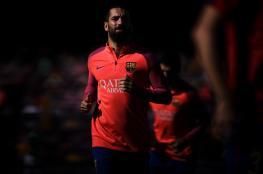 لاعب برشلونة على أعتاب أرسنال في الميركاتو الشتوي