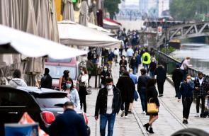 ايطاليا : العودة الى الروتين والمواطنون يتوجهون الى المرافق العامة