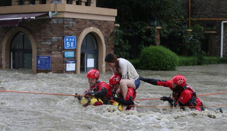 بعد اليابان ....الفيضانات تباغت الصين وتقتل العشرات وتجلي الآلاف