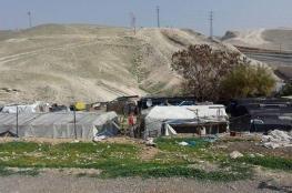 جرافات الاحتلال تهدم خيمتين في قرية سوسيا جنوب الخليل