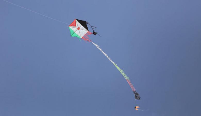 اسرائيل تهدد حماس بعملية عسكرية غير مسبوقة ردا على الطائرات الحارقة